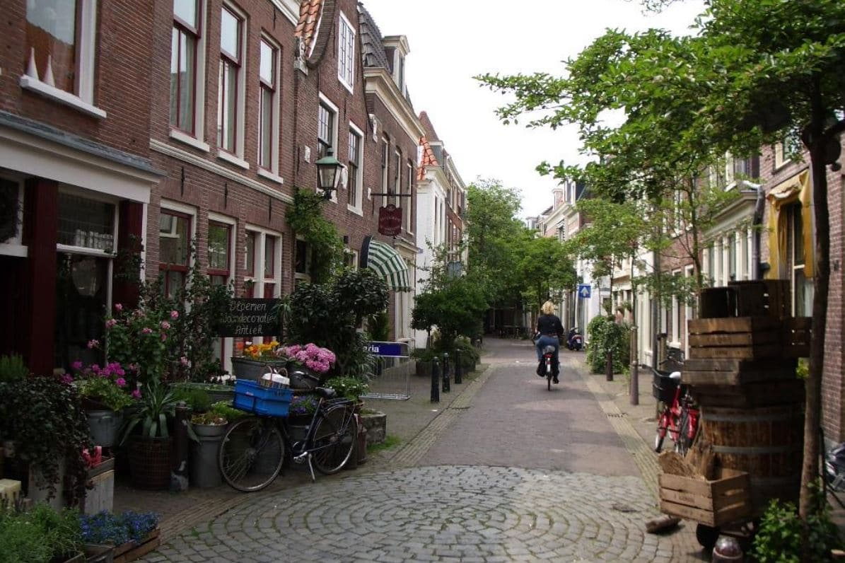 Woonerf or Dutch complete street, Canin Associates, Florida urban planners